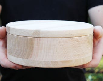 200 mm - Round unfinished wooden box - with cover - natural, eco friendly - 200 mm diameter - B1.024-200