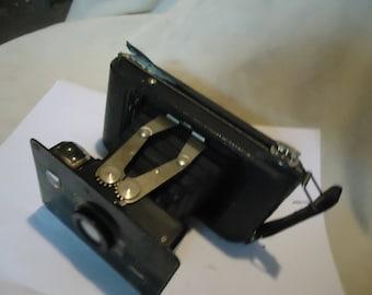 Vintage Jiffy Kodak Six-20 Folding Camera With Twindar Lens, collectable