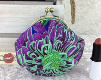 Chrysanthemums coin purse wallet fabric kiss clasp frame wallet change pouch handmade Kaffe Fassett Philip Jacobs Japanese Chrysanthemums