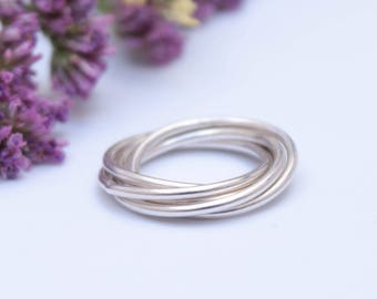 Silver fidget ring, silver stacking rolling ring, meditation ring for anxiety, 5 rings intertwined, interlocking rings puzzle ring silver