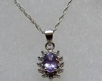 Lovely 0.5 carat genuine Tanzanite pendant