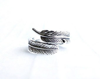 Silver feather ring,  adjustable size wrap ring