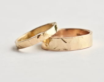Rose Gold Wedding Ring Set - Hammered Gold Rings - Textured Rings  - 18 Carat Gold Wedding Band - Men's Women's - Couples - Unique