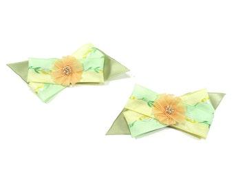 Peach Flower Criss Cross Bow Shoe Clips, Bridesmaid Shoe Clips, Wedding Shoe Clips, for High Heels, Summer Sandles and Ballet Flats