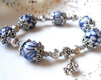 delft blue jewelry delft blue bracelet Delft blue and white delft bracelet blue and white bracelet delft blue style