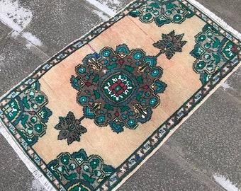 "2.9"" x 1.7"" ft TURKISH DOORMAT RUG, Turkish rug, vintage rug, oushak rug, Nomadic Rug , tribal rug, handmade rug, wool rug, free shipping"
