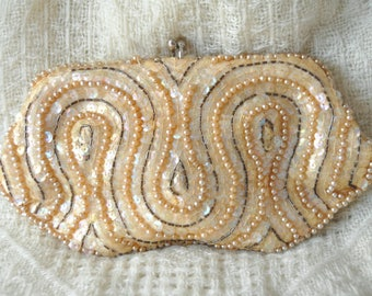 "Vintage 50s Bridal Wedding Beaded Handbag Clutch Cocktail Purse Ivory ""Pearls Sequins & Beads Theater Costume Japan David's Import Prom"