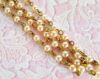 CLOSE OUT!  Dreamy-Creamy Pearl Link Chain  (6 inches)