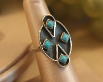Size 6 1/4 Vintage Native American Sterling Silver and Turquoise Ring