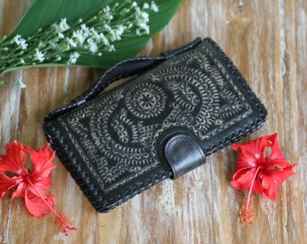 Black Leather Wallet, Womens Wallet, Boho Wallet, Bohemian Wallet, Hippie Wallet, Gypsy Wallet, Crossbody Travel Wallet, Wallet With Strap
