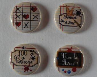 Magnets Aimants ou Badges Ecole Lot de quatre