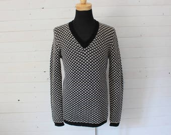 MEN'S Vintage GUCCI V-Neck Sweater Black and White Size XL Made in Italy
