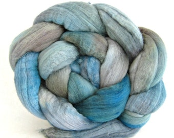 hand painted wool roving, merino, combed top: spinning fiber, roving, 15.5 micron