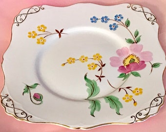 Pretty in Pink Hand Decorated Tuscan Cake Plate C8909