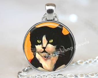 TUXEDO CAT Necklace, Cat Pendant, Tuxedo Cat Jewelry, Vintage Cat Illustration, Blak White Cat Art, Glass Photo Art Necklace Pendant
