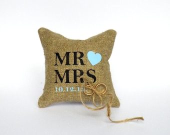 Wedding ring pillow , Ring Bearer Pillow , wedding ring cushion , Wedding decorations ,  Rustic ring pillow , Burlap ring pillow linen rope