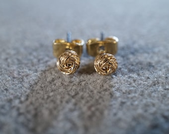Vintage Yellow Gold Tone Twisted Dimensional Love Knot Design Stud Style Pierced Earrings