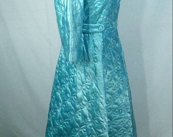 Vintage Hollywood Regency Quilted Satin Robe 1960's Baby Blue Fleishman California Maxi Full Length A Line Fitted Women's Size Medium Small