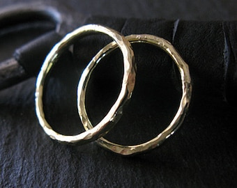 18K Green Gold Wedding Band Set Hammered Gold 18K Gold Wedding Ring Set Wedding Bands Wedding Rings Hammered Band Mens Wedding Band Rustic