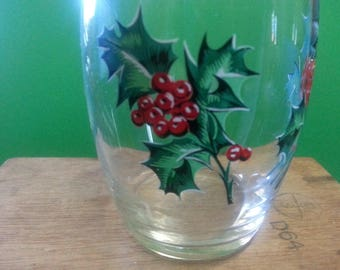 Vintage Christmas Tumbler / Vintage Glass with Gold Rim and Holly and Berries
