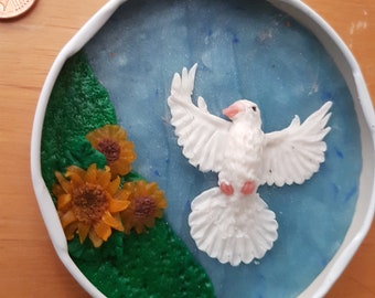 Flying Dove, relief, diorama in tin lid