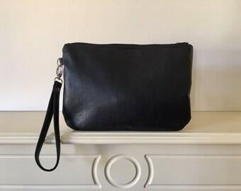 Classic Black Matt Hand Strap Wristlet Zipped Clutch Bag