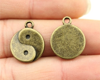 4 Yin Yang Charms, Antique Bronze Tone (1K-55)