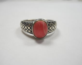 Beautiful Dotted Texture With Pink Gemstone Sterling Silver Ring