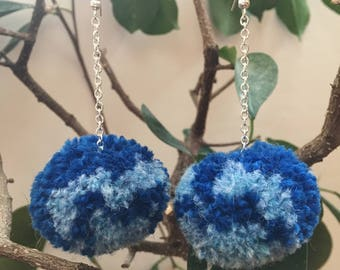 Medium light/dark blue pom pom chain earrings