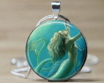 UNDERWATER MERMAID Pendant -  Round - Vintage Illustration - Complimentary USA Shipping