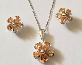 Vintage Citrine Crystal  925 Sterling Silver Flower Necklace Set With Chain Pendant and Pierced Earrings