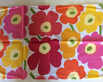 50cm x 70cm red Marimekko Unikko fabric coupon