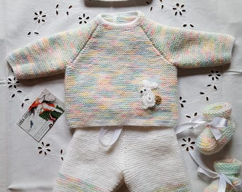 Multicolor and white full size newborn baby set