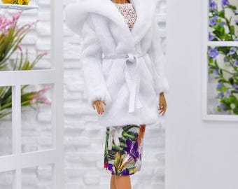 ELENPRIV white faux fur hooded coat with full lining for Fashion royalty FR2 and similar body size dolls