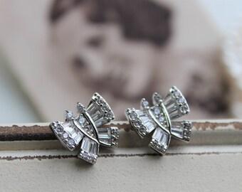 Art Deco Earrings , Vintage Style Crystal  Earrings, Bridal Earrings,  Wedding Earrings,  Butterfly  Earrings,  Stud Earrings, Great Gatsby