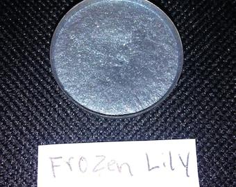 Frozen Lily Pressed Vegan 26mm mica eyeshadow makeup