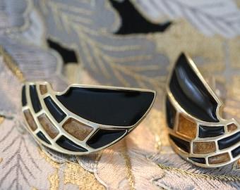 Elegant High Fashion Black and Tan Vintage Post Earrings from Trifari