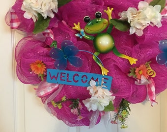 Jumping Frog Weldome Wreath