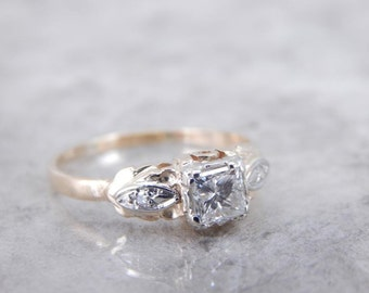 Vintage Engagement Ring With Square Cut Diamond HQD3N3-P