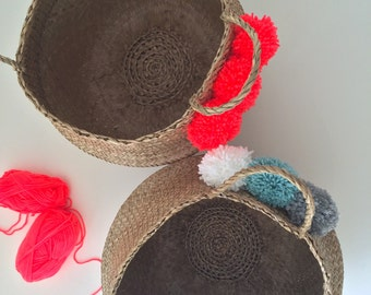 Customize your basket 30cm. choose as many tassels you want!