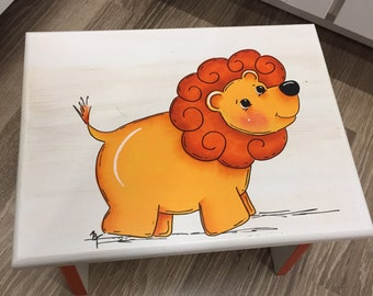 Lion Step Stool, Animal Kids Bathroom stool, Personalized Step Stool, Circus Lion Stool,  Hand painted stool, Gifts for Kids, Gift for Baby