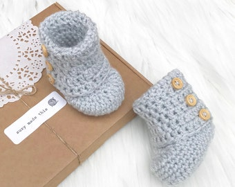 Crocheted baby shoes, baby shoes, baby boy shoes, baby girl shoes, grey booties, unisex baby gift, baby shower gift, baby boots,