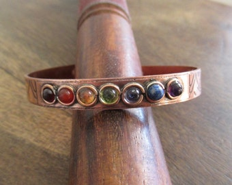 Bracelet magnetic copper with 7 Chakra minerals .
