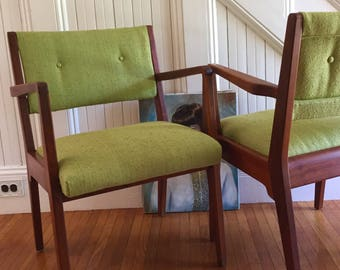 JENS RISOM ARMCHAIR Pair Midcentury Danish Modern Walnut Wood Excellent Condition Newly Upholstered Bright Green Woven Tweed Fabric Retro