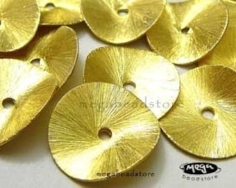 10 pcs 14mm Vermeil Gold Wavy Brushed Disc Folded Potato Chip B126V