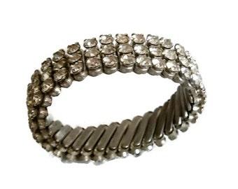 Vintage Strass erweiterbar Armband, Armband breit, drei Reihen von klaren Straßsteinen