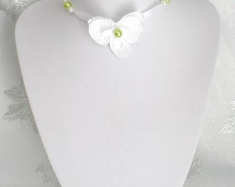 Necklace children Anisea wedding white and lime