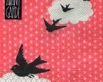 661 birds in flight 1 lunch size paper towel