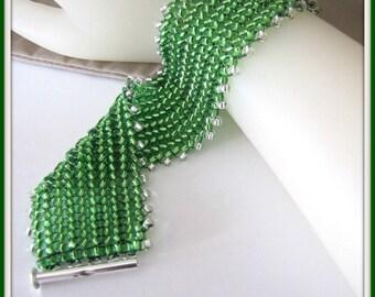 Chevrons Bracelet, perles, tissée en perles, Bracelet vert de 7 pouces, bijoux de corps, bijoux accessoires, article #859