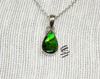 Silver Ammolite Pendant, Ammolite Pendant, Ammolite Necklace, Canadian Ammolite, Natural Ammolite, Rare Ammolite, Unique Ammolite, Ammonite
